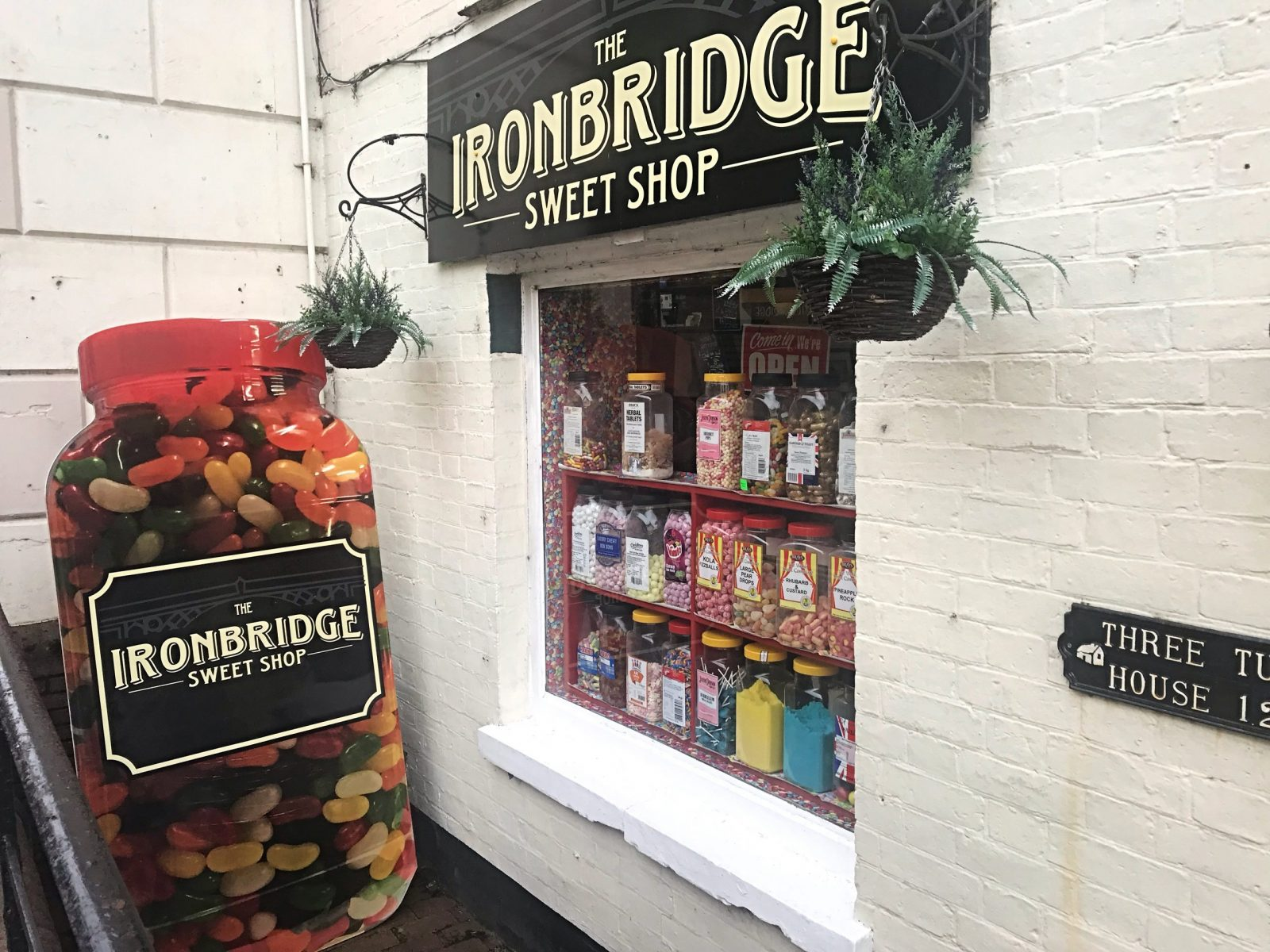 Visiting Ironbridge a 3 day itinerary Ironbridge sweet shop